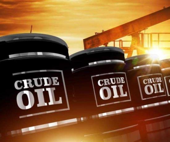美国原油库存大幅下降以及飓风影响